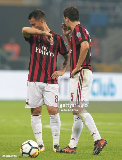 Fernandez Suso of AC Milan shows his dejection during the Serie A match between FC Internazionale and AC Milan at Stadio Giuseppe Meazza on October...