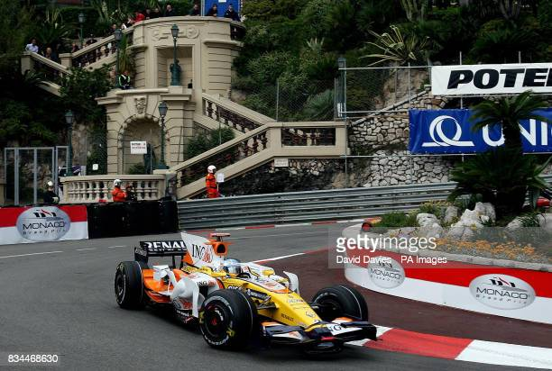 Fernando Alonso in the Renault rounds the Lowes Hairpin during Qualifying in Monte Carlo Monaco