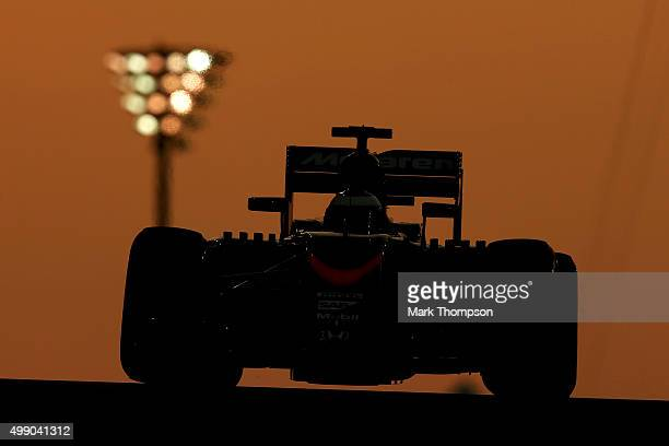 Fernando Alonso of Spain and McLaren Honda drives during qualifying for the Abu Dhabi Formula One Grand Prix at Yas Marina Circuit on November 28...