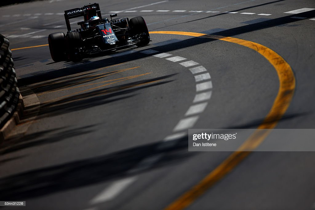 <a gi-track='captionPersonalityLinkClicked' href=/galleries/search?phrase=Fernando+Alonso+-+Rennfahrer&family=editorial&specificpeople=12323351 ng-click='$event.stopPropagation()'>Fernando Alonso</a> of Spain driving the (14) McLaren Honda Formula 1 Team McLaren MP4-31 Honda RA616H Hybrid turbo on track during practice for the Monaco Formula One Grand Prix at Circuit de Monaco on May 26, 2016 in Monte-Carlo, Monaco.