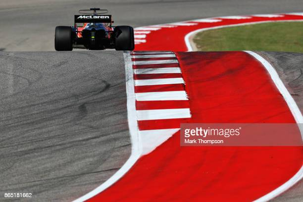 Fernando Alonso of Spain driving the McLaren Honda Formula 1 Team McLaren MCL32 on track during the United States Formula One Grand Prix at Circuit...