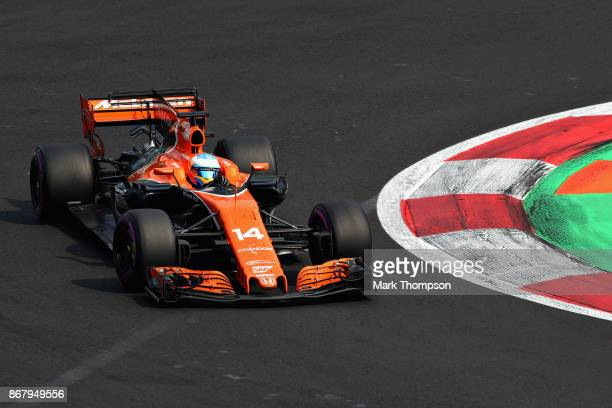 Fernando Alonso of Spain driving the McLaren Honda Formula 1 Team McLaren MCL32 on track during the Formula One Grand Prix of Mexico at Autodromo...