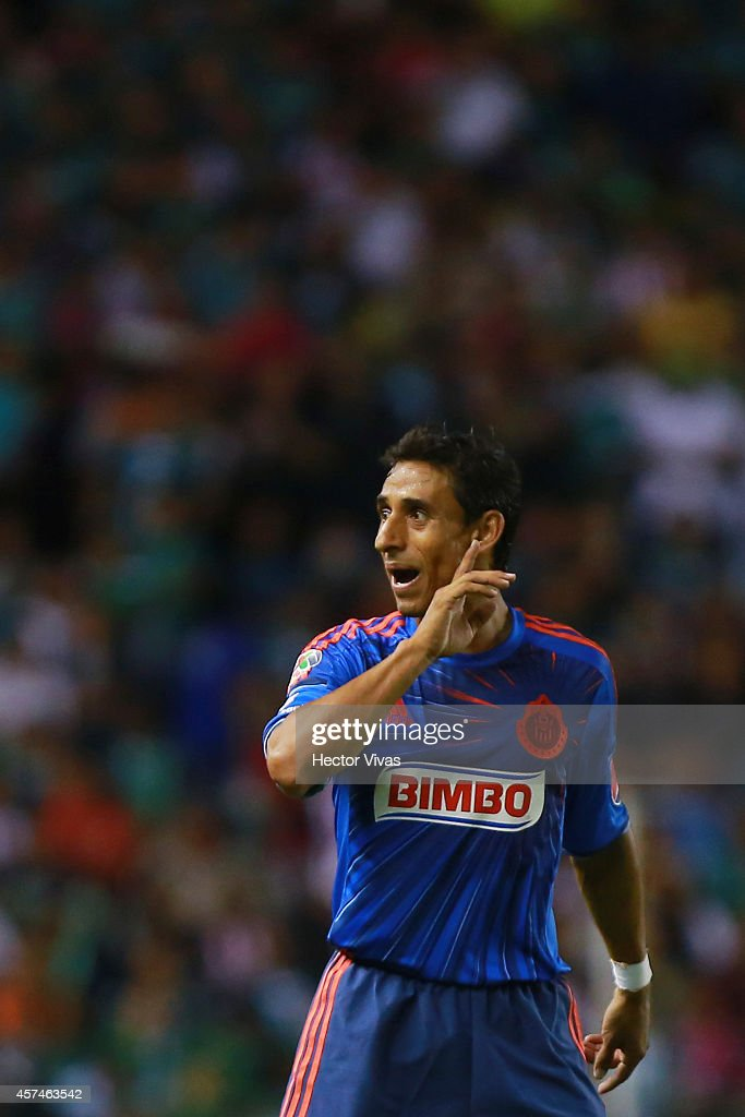 <a gi-track='captionPersonalityLinkClicked' href=/galleries/search?phrase=Fernando+Arce&family=editorial&specificpeople=697001 ng-click='$event.stopPropagation()'>Fernando Arce</a> of Chivas reacts during a match between Leon and Chivas as part of 13th round Apertura 2014 Liga MX at Leon Stadium on October 18, 2014 in Leon, Mexico.