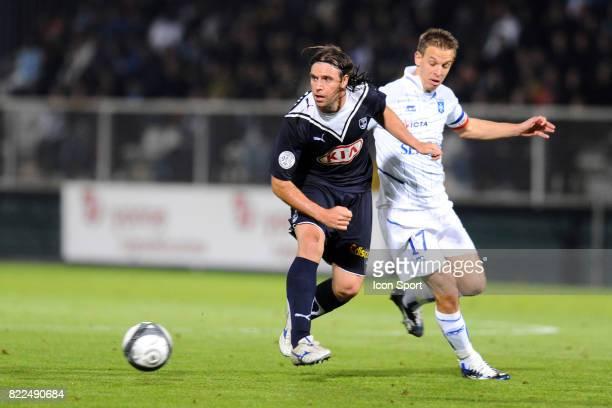 Fernando CAVENAGHI / Benoit PEDRETTI Auxerre / Bordeaux 9eme journee de Ligue 1 Stade Abbe Deschamps Auxerre