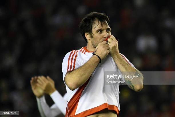 Fernando Cavenaghi kisses River Plate's shield during Fernando Cavenaghi's farewell match at Monumental Stadium on July 01 2017 in Buenos Aires...