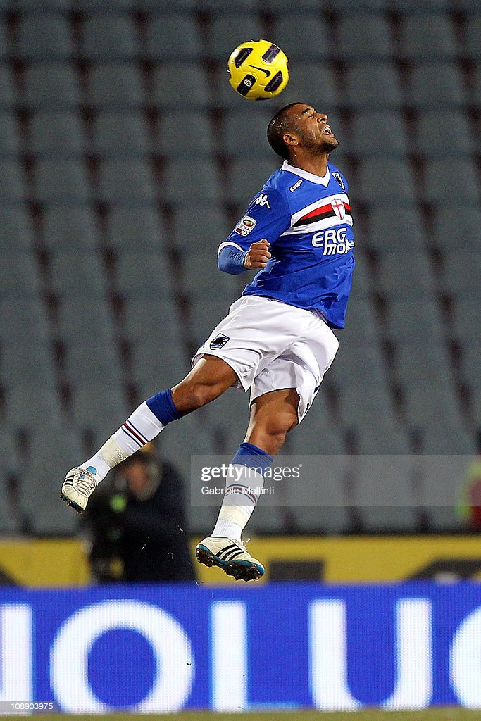 Fernando Damian Tissone of UC Sampdoria in action during the Serie A match between Udinese Calcio and UC Sampdoria at Stadio Friuli on February 5, 2011 in Udine, Italy.