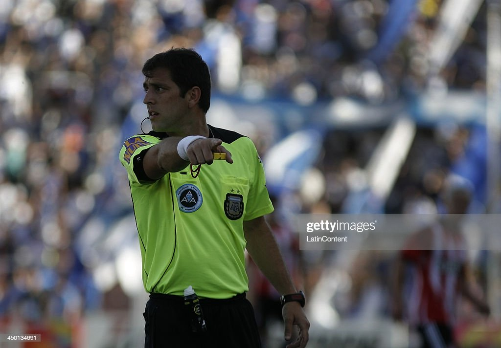 Fernando Echenique referee reacts during a match between Godoy Cruz and Estudiantes as part of Torneo Inicial at Mundialista Stadium on November 16, 2013 in Mendoza, Argentina.