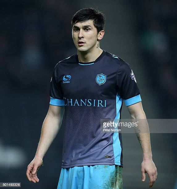 Fernando Forestieri of Sheffield Wednesday in action during the Sky Bet Championship match between Milton Keynes Dons and Sheffield Wednesday at...