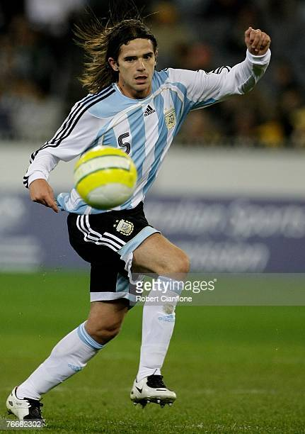 Fernando Gago of Argentina in action during the international friendly match between the Australian Socceroos and Argentina at the Melbourne Cricket...
