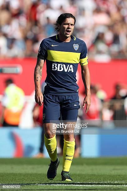 Fernando Gago of Boca Juniors looks on during the Argentine Primera Division match between River Plate and Boca Juniors at the Estadio Monumental...