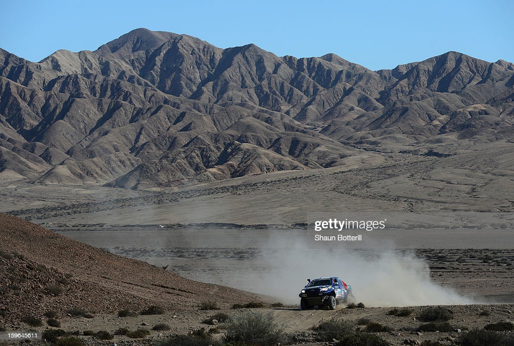 Fernando Leon and co-driver Alvaro Leon of team Toyota compete in stage 12 from Fiambala to Copiapo during the 2013 Dakar Rally on January 17, 2013 in Fiambala, Argentina.