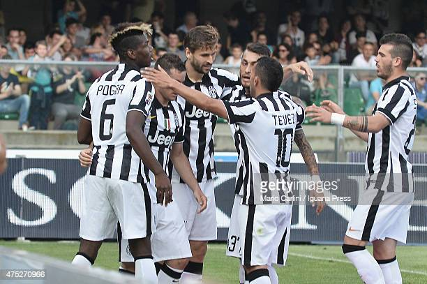 Fernando Llorent of Juventus FC celebrates after scoring his team's second goal during the Serie A match between Hellas Verona FC and Juventus FC at...