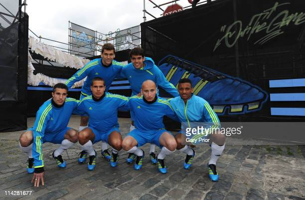 Fernando Llorente of Atheltic Bilbao and Kaka of Real Madrid Robin Van Persie of Arsenal FC Jack Rodwell of Everton Jonjo Shelvey of Liverpool FC and...
