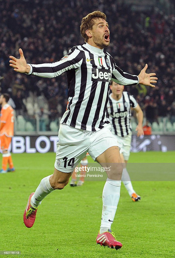 <a gi-track='captionPersonalityLinkClicked' href=/galleries/search?phrase=Fernando+Llorente&family=editorial&specificpeople=2108120 ng-click='$event.stopPropagation()'>Fernando Llorente</a> of Juventus celebrates after scoring the opening goal during the Serie A match between Juventus and Udinese Calcio at Juventus Arena on December 1, 2013 in Turin, Italy.