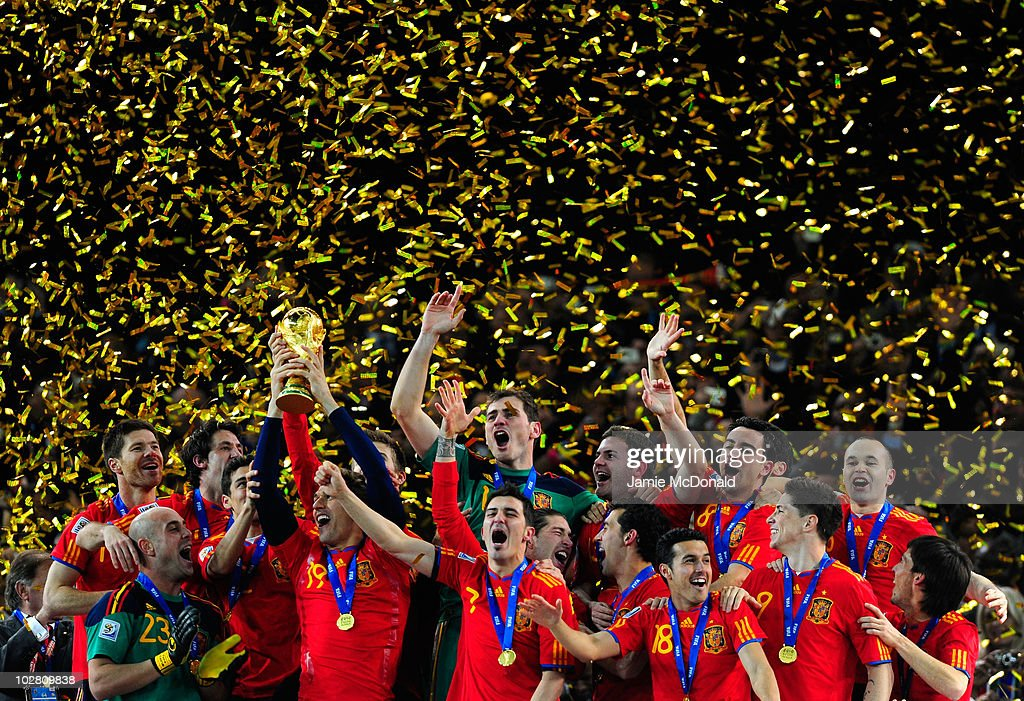 <a gi-track='captionPersonalityLinkClicked' href=/galleries/search?phrase=Fernando+Llorente&family=editorial&specificpeople=2108120 ng-click='$event.stopPropagation()'>Fernando Llorente</a> of Spain celebrates with team mates as he lifts the World Cup during the 2010 FIFA World Cup South Africa Final match between Netherlands and Spain at Soccer City Stadium on July 11, 2010 in Johannesburg, South Africa.