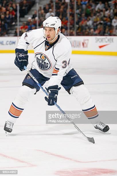 Fernando Pisani of the Edmonton Oilers skates against the Ottawa Senators at Scotiabank Place on November 10 2009 in Ottawa Canada