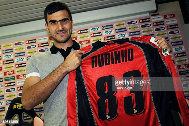 Fernando Rubinho new goalkeeper of USCitta di Palermo poses with new team shirt at Stadio Renzo Barbera on August 5 2009 in Palermo Italy
