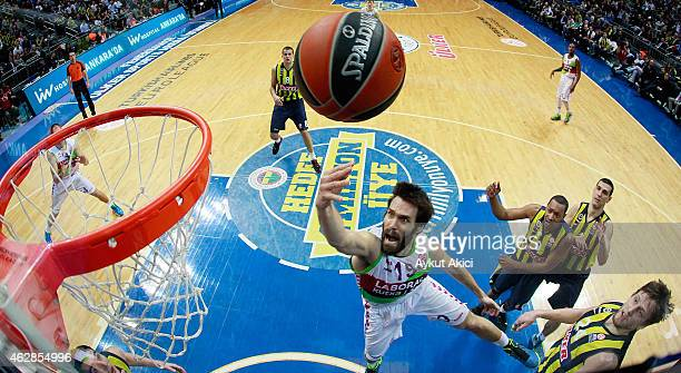 Fernando San Emeterio #19 of Laboral Kutxa Vitoria in action during the Euroleague Basketball Top 16 Date 6 game between Fenerbahce Ulker Istanbul v...