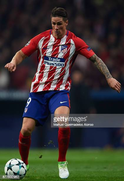 Fernando Torres of Atletico de Madrid in action during the UEFA Champions League group C match between Atletico Madrid and AS Roma at Estadio Wanda...