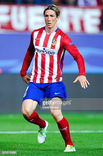 Fernando Torres of Atletico de Madrid runs with the ball during the UEFA Champions League semi final first leg match between Club Atletico de Madrid...