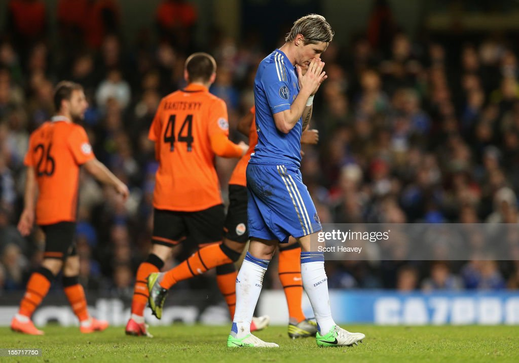 <a gi-track='captionPersonalityLinkClicked' href=/galleries/search?phrase=Fernando+Torres&family=editorial&specificpeople=194755 ng-click='$event.stopPropagation()'>Fernando Torres</a> of Chelsea looks dejected during the UEFA Champions League Group E match between Chelsea and Shakhtar Donetsk at Stamford Bridge on November 7, 2012 in London, England.