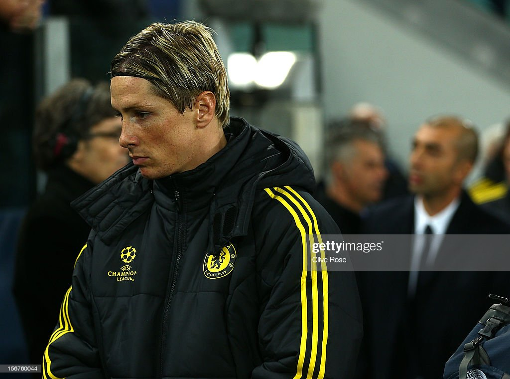 Fernando Torres of Chelsea makes his way to the substitutes bench prior to the UEFA Champions League Group E match between Juventus and Chelsea at the Juventus Arena on November 20, 2012 in Turin, Italy.