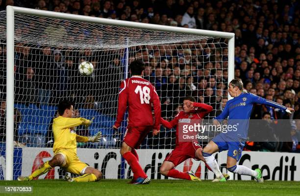 Fernando Torres of Chelsea scores his team's fourth goal during the UEFA Champions League group E match between Chelsea and FC Nordsjaelland at...