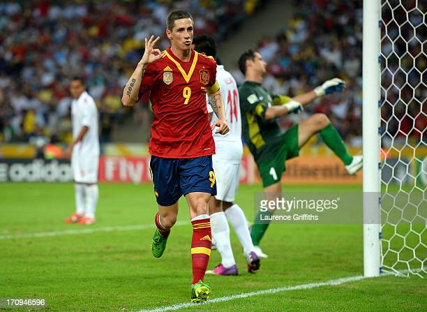 Fernando Torres of Spain celebrates scoring his team's sixth goal to complete his hattrick during the FIFA Confederations Cup Brazil 2013 Group B...