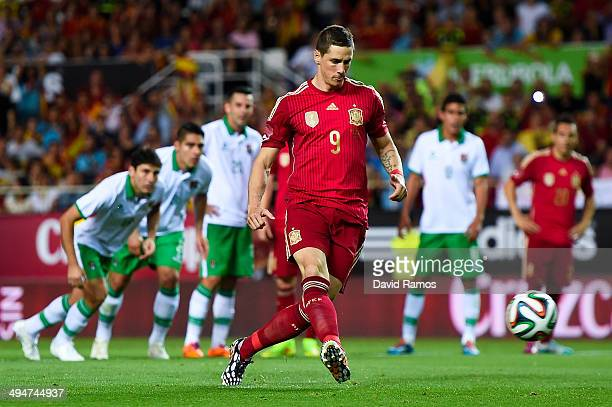 Fernando Torres of Spain scores the opening goal from the penalty spot during an international friendly match between Spain and Bolivia at Estadio...
