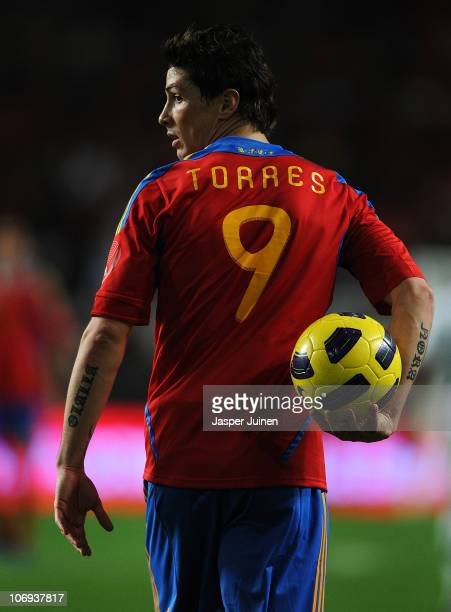 Fernando Torres of Spain walks with the ball during the International Friendly match between Portugal and Spain at the Estadio da Luz on November 17...