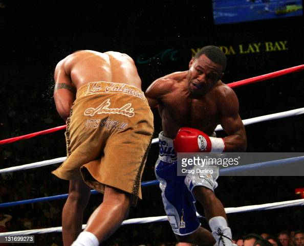 Fernando Vargas and 'Sugar' Shane Mosley in action during the junior middleweight 'Showdown' at the Mandalay Bay Resort in Las Vegas Nevada on...