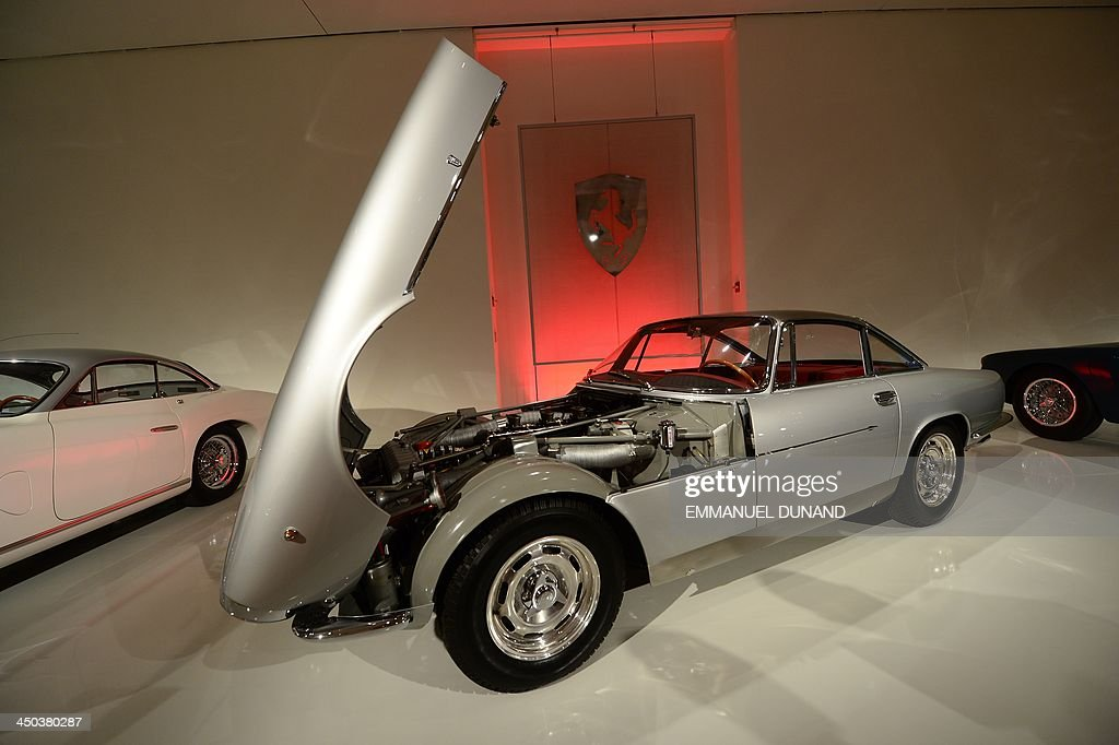 Ferrari 250 GT SWB 'Competition' Berlinetta Special (estimated 6.5-8.5 million USD) is on display during a preview of the 'Art of Automobile' auction at Sotheby's in New York, November 18, 2013 in New York. The auction, which will feature 34 of the world's rarest vehicles, is scheduled to take place on November 21, 2013. AFP PHOTO/Emmanuel Dunand