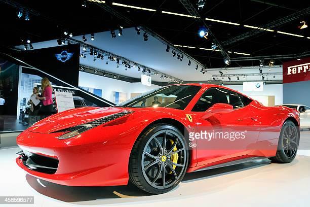 Ferrari 458 Italia sports car Vista de frente
