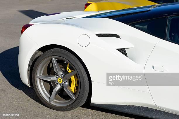 Ferrari 488 GTB sports automóviles en el paddock