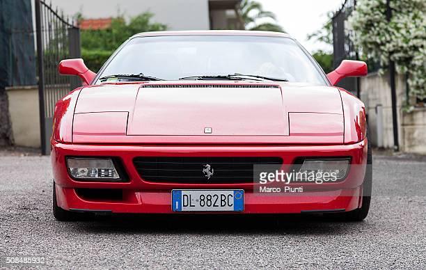 Coche deportivo de Ferrari F355 Berlinetta