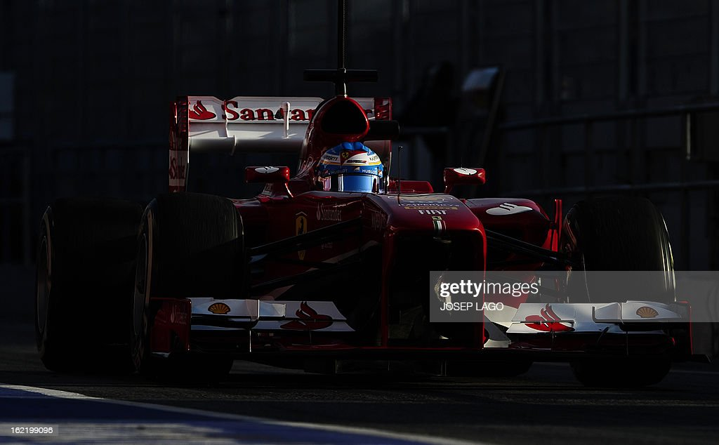 Ferrari's Spanish driver Fernando Alonso drives during the second day of Formula One testing at Catalunya's racetrack in Montmelo, near Barcelona, on February 20, 2013.