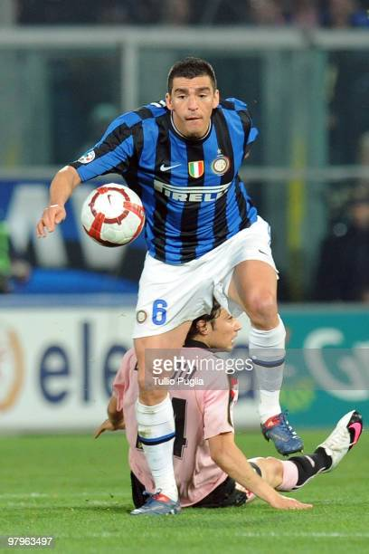 Ferreira Lucio of Internazionale Milano in action during the Serie A match between US Citta di Palermo and FC Internazionale Milano at Stadio Renzo...