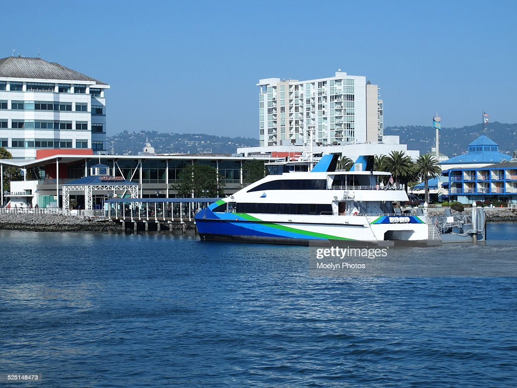 Ferry arrives at Jack London Square-Oakland