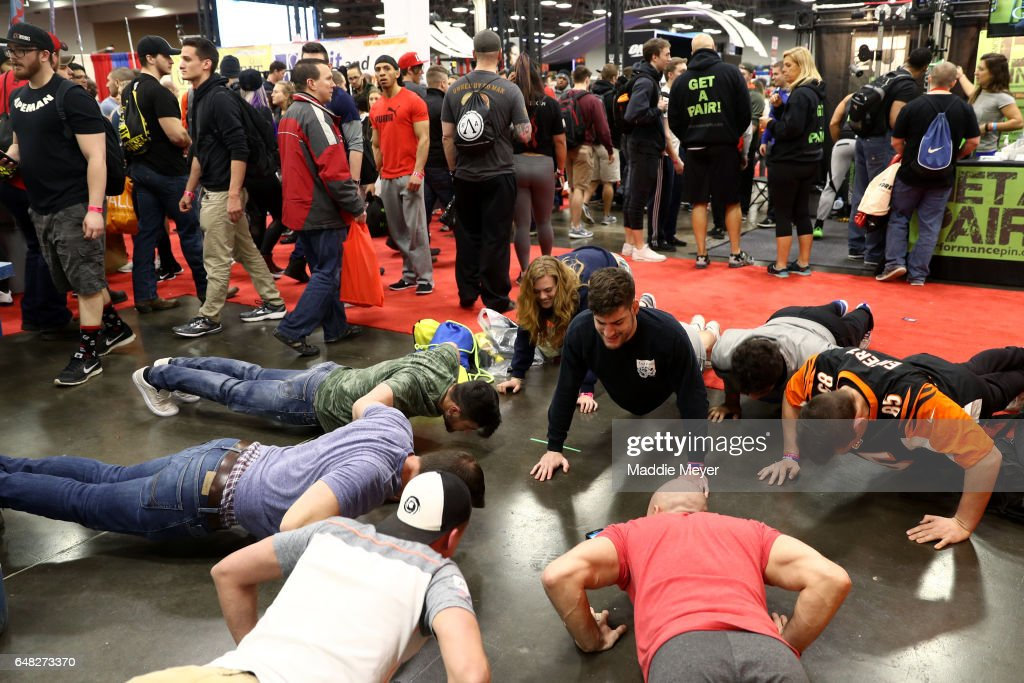 Arnold Sports Festival 2017 & Pushu2013Ups Stock Photos and Pictures | Getty Images