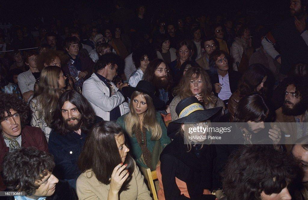 The Beatles Attending A Concert Of Bob Dylan 2e édition du Festival de pop music de l'île de Wight du 29 au 31 août 1969 au sud de l'Angleterre...