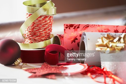 Festive Christmas Ribbon and Wrapping Paper : Bildbanksbilder