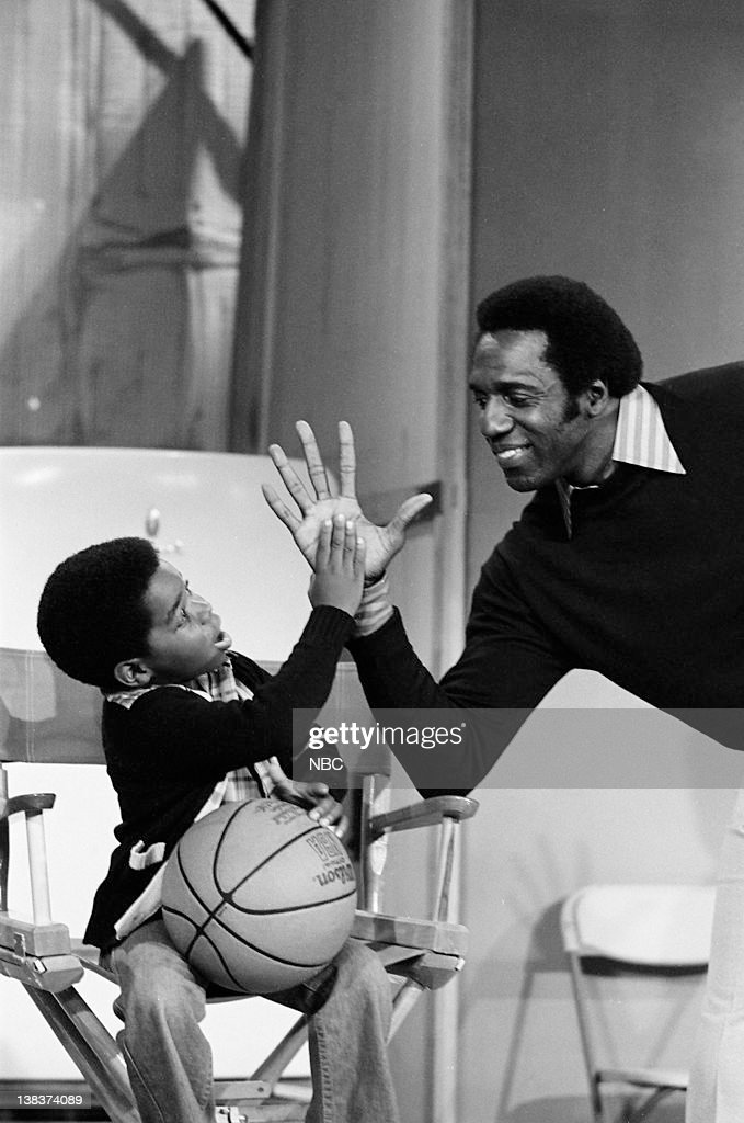 RENT STROKES -- 'Feudin' and Fussin: part 1 and 2' Episodes 3,4 -- Pictured: (l-r) Gary Coleman as Arnold Jackson, Meadowlark Lemon