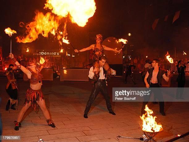 Feuerschlucker 'Glöckner von Notre Dame'PremierenVorstellung Berlin Deutschland Europa Theater amPotsdamplatz