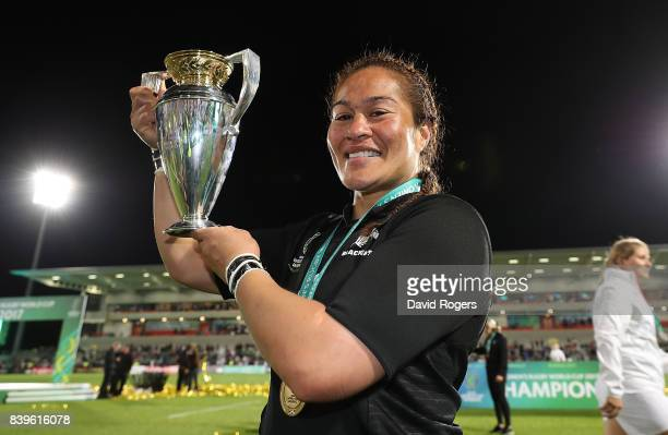Fiao'o Faamausili of New Zealand celebrates with the trophy following the Women's Rugby World Cup 2017 Final between England and New Zealand on...