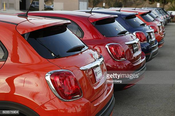 Fiat Chrysler Automobiles NV 500 subcompact vehicles sit on display for sale on the lot of the AutoNation FIAT South Bay dealership in Hawthorne...