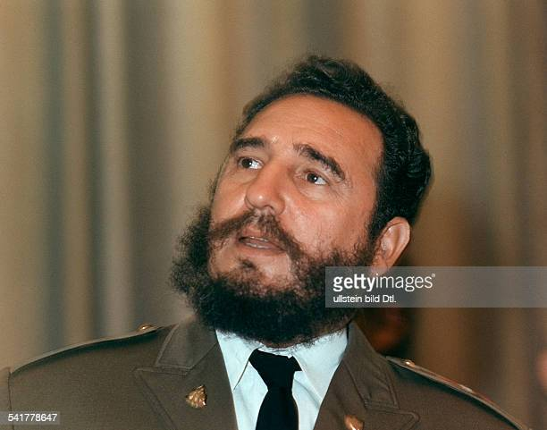 Fidel Castro *Politiker Kuba Portrait in Uniform 1972
