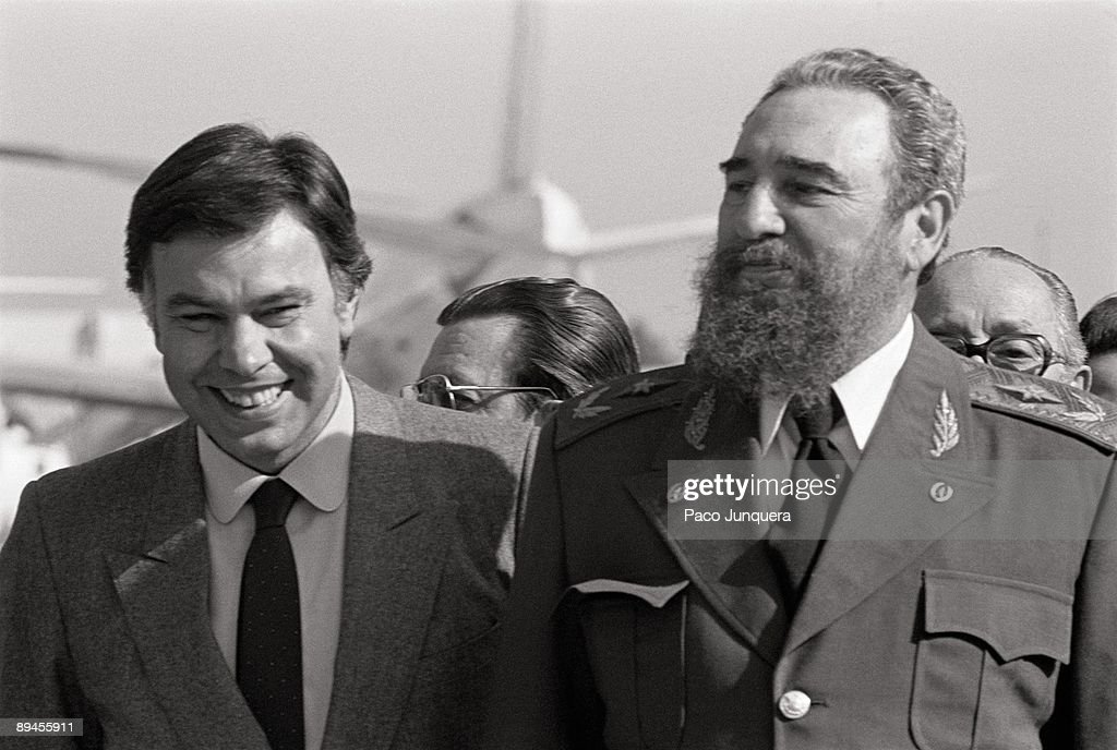 ¿Cuánto mide Fidel Castro? - Altura - Real height Fidel-castro-visits-spain-felipe-gonzalez-president-of-the-government-picture-id89455911