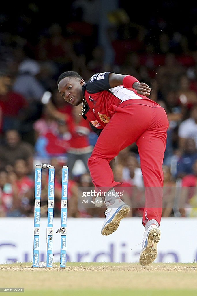 <a gi-track='captionPersonalityLinkClicked' href=/galleries/search?phrase=Fidel+Edwards&family=editorial&specificpeople=217762 ng-click='$event.stopPropagation()'>Fidel Edwards</a> breaks the stumps to complete a run out during a match between The Trinidad and Tobago Red Steel and St. Lucia Zouks as part of the week 3 of Caribbean Premier League 2014 at Queen's Park Oval on July 27, 2014 in Port of Spain, Trinidad & Tobago.