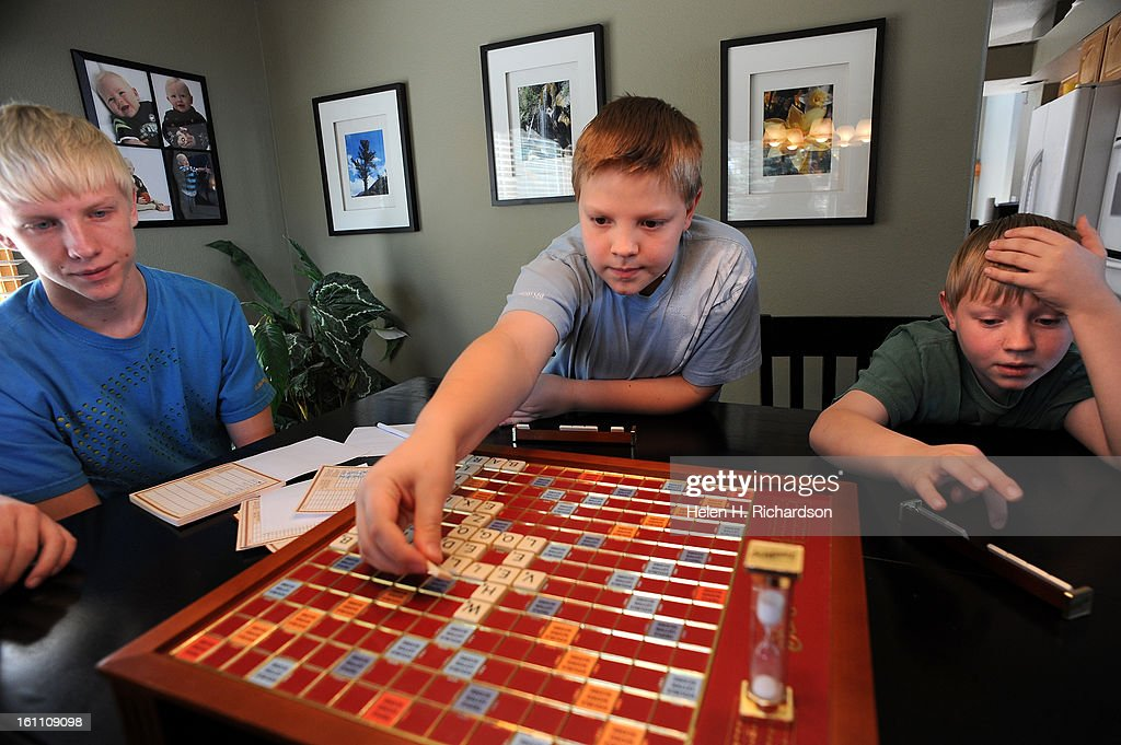 HR) Fifth grader Christian Smith, 11, middle plays a rousing game ...
