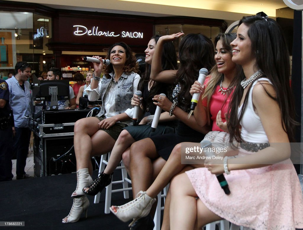 <a gi-track='captionPersonalityLinkClicked' href=/galleries/search?phrase=Fifth+Harmony&family=editorial&specificpeople=9960104 ng-click='$event.stopPropagation()'>Fifth Harmony</a> performs at the Square One Mall on July 15, 2013 in Saugus, Massachusetts.